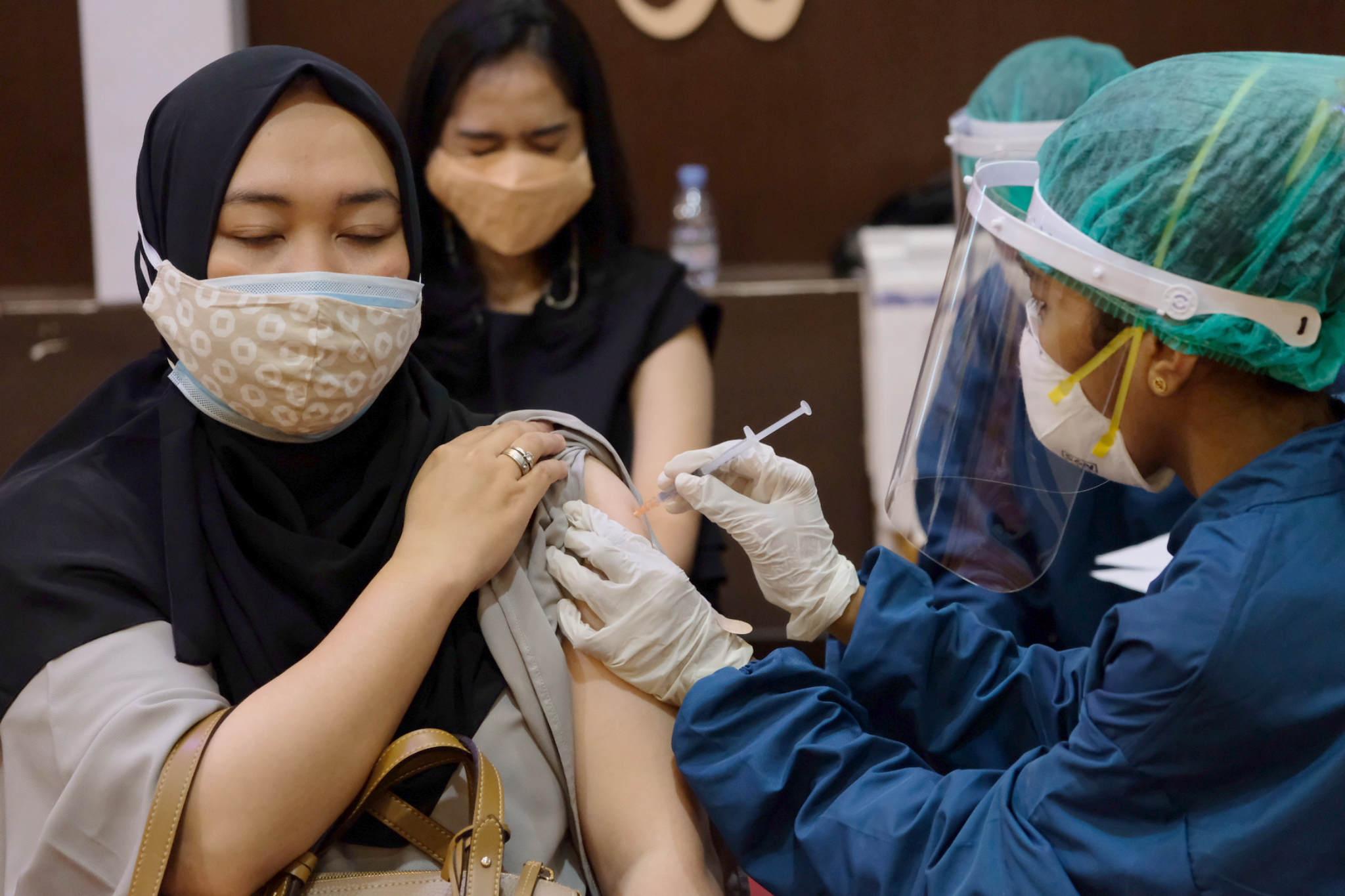 Vaksinasi di 3 Provinsi Ini Masih Rendah, Presentasinya di Bawah 14 Persen