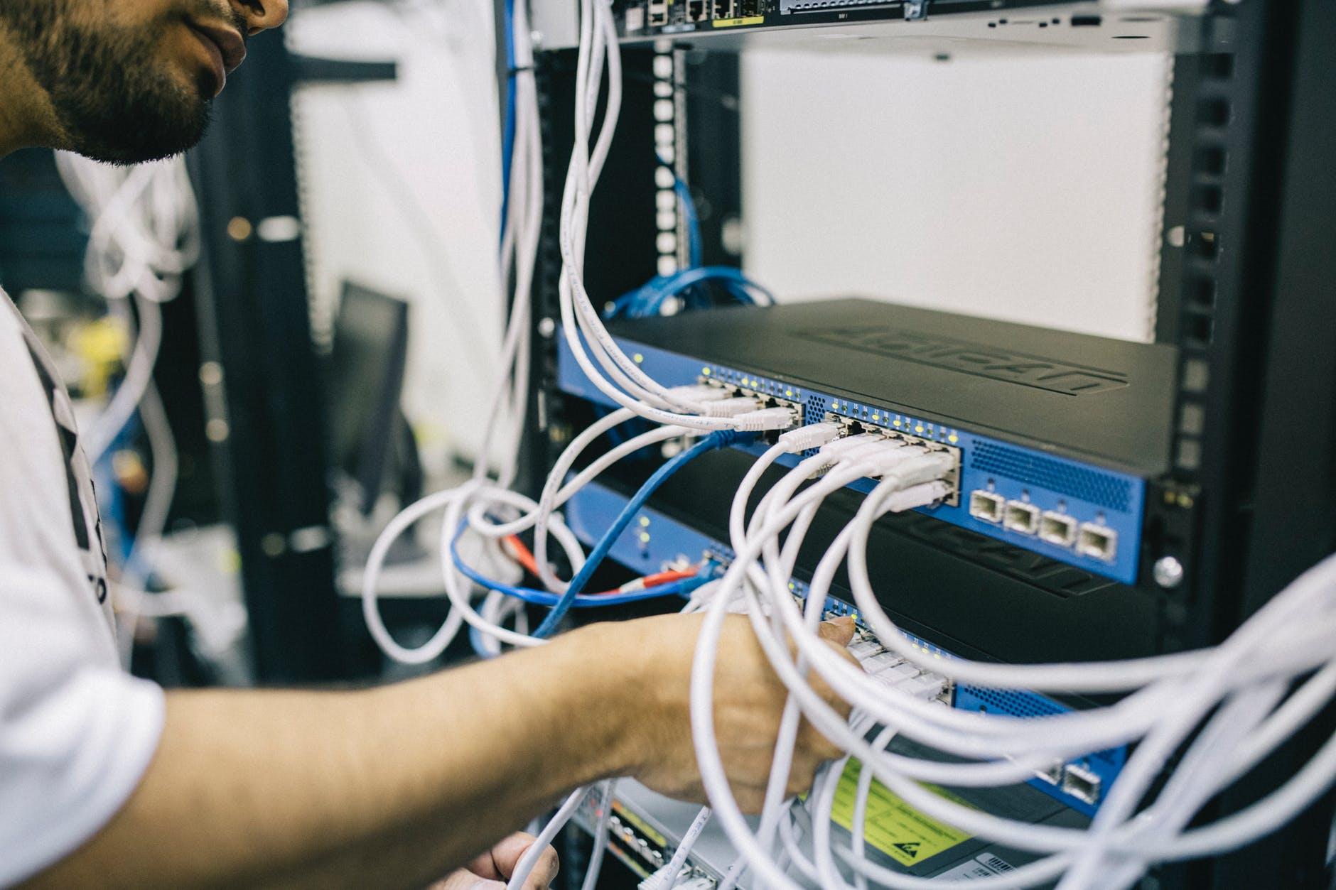 Telkom (TLKM) Bongkar Rencana Konsolidasi 3 Bisnis Data Center