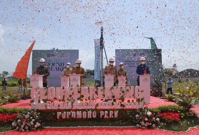 Podomoro Park Bandung Bangun Sekolah dan Masjid Al Azhar