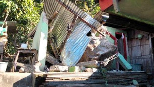 Rumah Seorang Warga di Manggarai Nyaris Dihantam Batu Besar, Satu Unit WC Permanen Ambruk