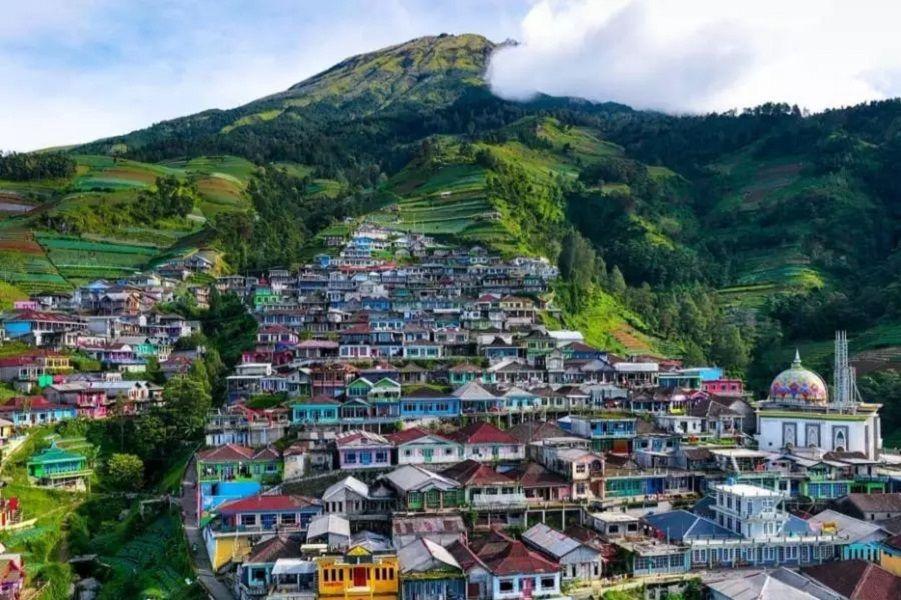 Intip Indahnya Nepal Van Java di Kaki Gunung Sumbing Magelang