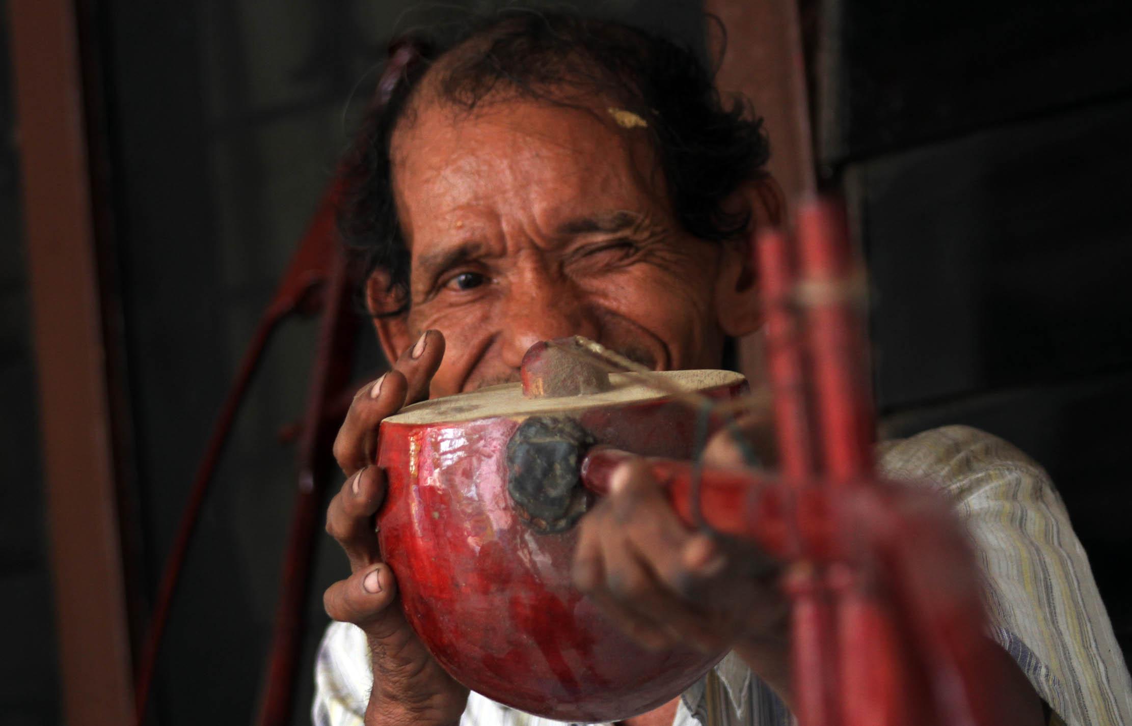 Tehyan, Menjaga Seni Dan Tradisi Leluhur