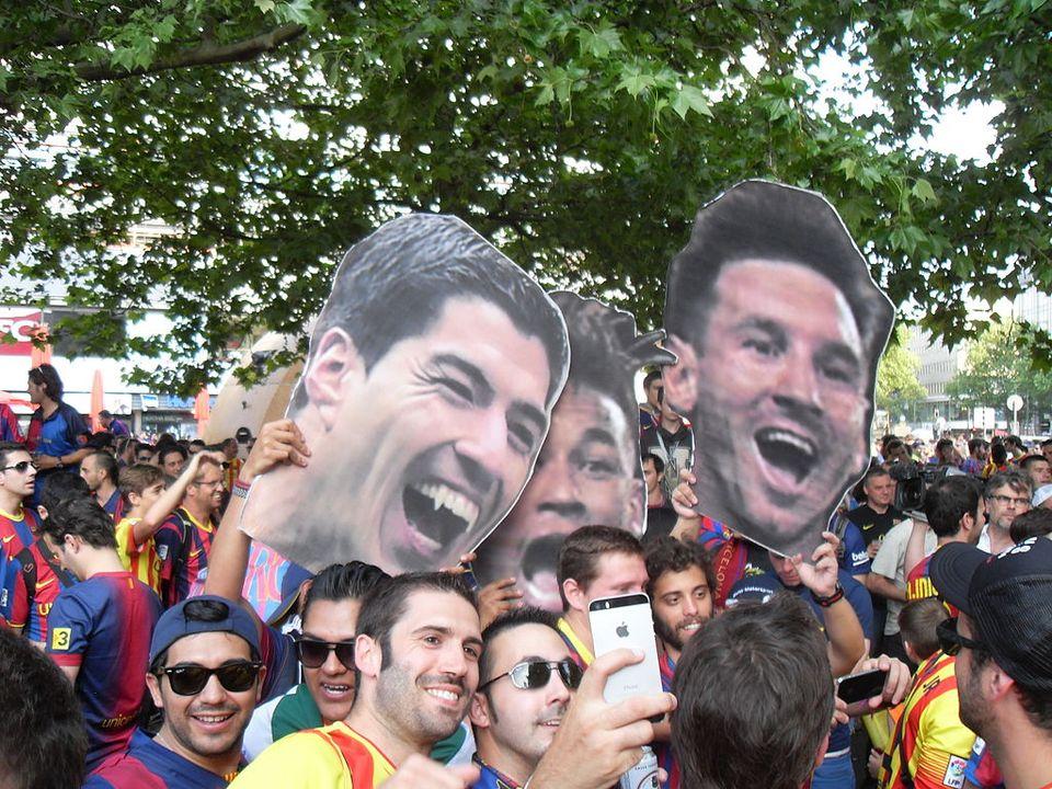 Fans du Barça à Berlin en 2015 par Ferran Cornellà - Wikimédia Commons CC BY-SA 4.0<br>