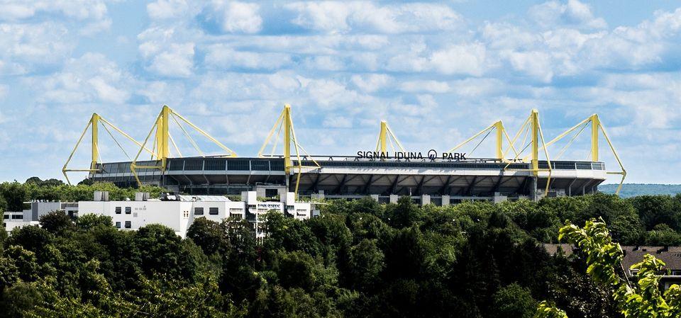 Signal Iguna Park (Stade de Dortmund)   parholly2801dePixabay