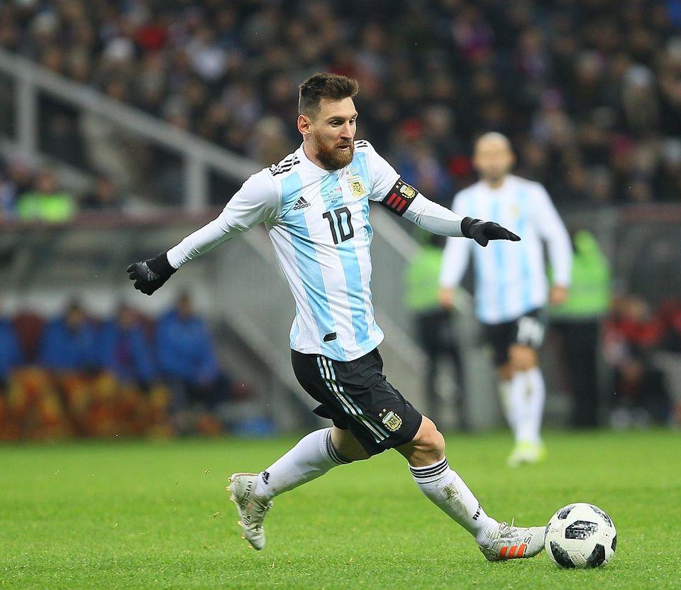 Lionel Messi parDmitri Sadovnikov (Soccer.ru) - Wikimédia Commons CC BY 3.0