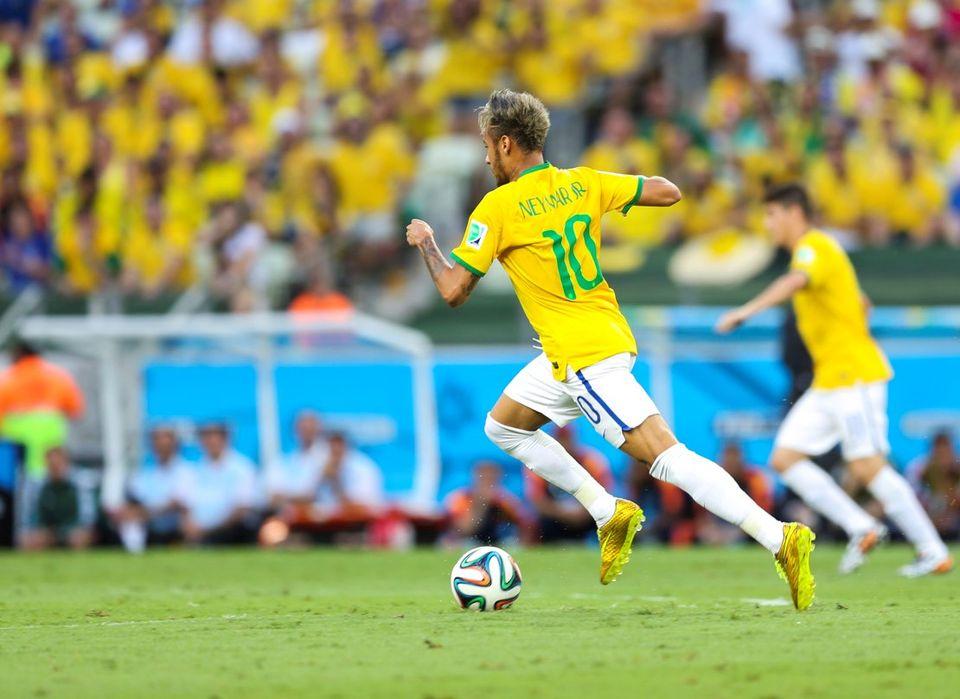Neymar par Danilo Borges/copa2014.gov.brLicença Creative Commons Atribuição 3.0 Brasil - Wikimédia Commons
