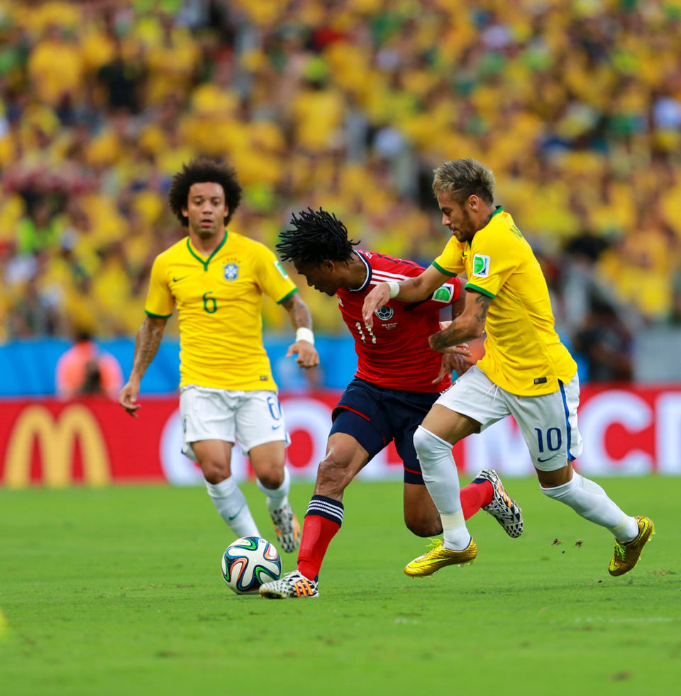 Marcelo, Cuadrado, Neymar par Danilo Borges/copa2014.gov.br -Wikimédia Commons CC BY-SA 3.0 BR