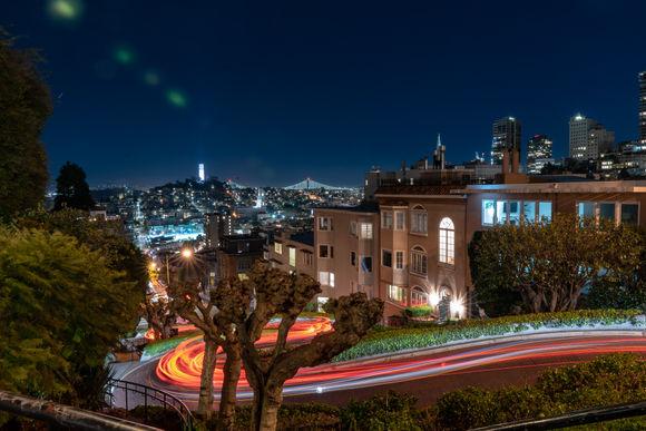 Lombard Street at night, down