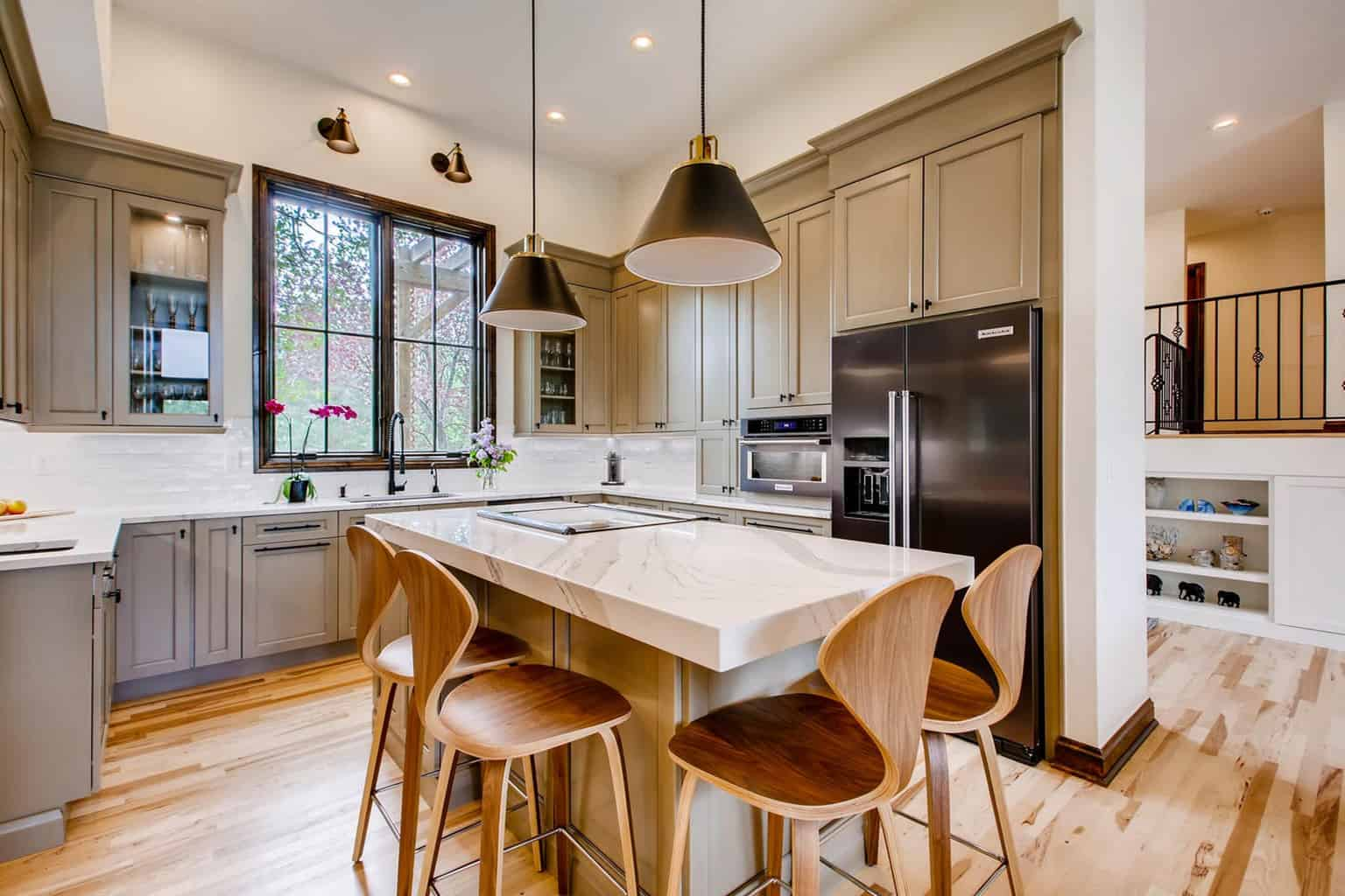 Pro.com – Seattle General Contractor – New Construction, Remodels and Additions