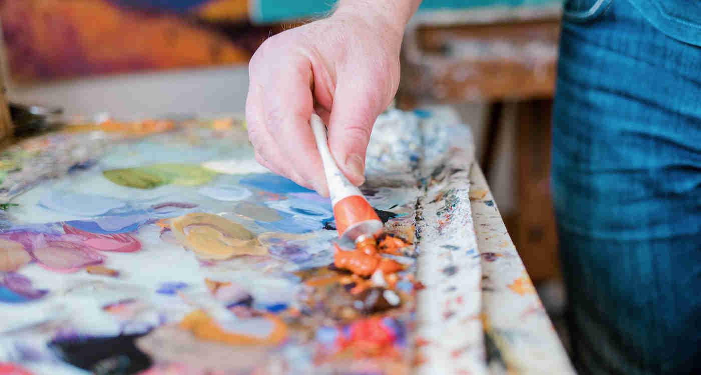 painter Mark Tworow mixes colours