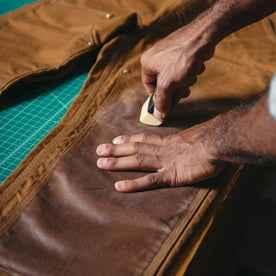 Heavy Duty Fabric Wax: Alternate Image 2