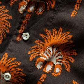 The Short Sleeve Hawthorne in Mirage Palm: Alternate Image 6
