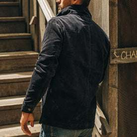 fit model wearing The Ojai Jacket in Midnight Cord, backl