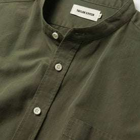 material shot of the collar and buttons