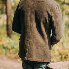 The Gibson Jacket in Olive Herringbone Wool: Alternate Image 11