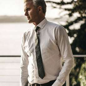 Our fit model wearing The Hyde in White Royal Oxford
