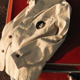 The Fourtillfour Ojai Jacket in Natural Reverse Sateen: Alternate Image 4
