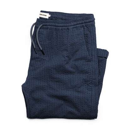 The Après Pant in Navy Seersucker
