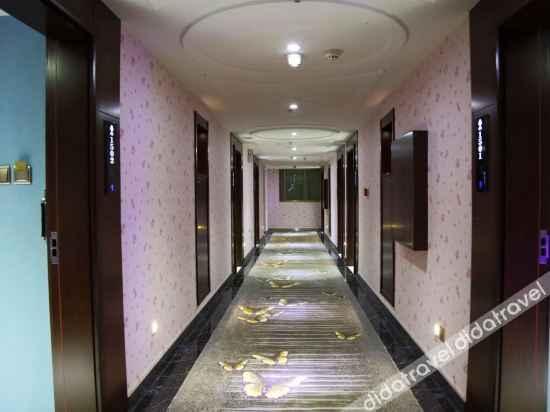 LOBBY Asia Theme Hotel