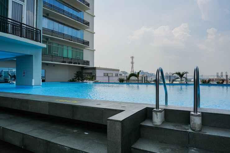 SWIMMING_POOL Beautiful 2BR at Pasar Baru Mansion Apartment By Travelio