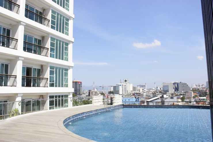SWIMMING_POOL Modern 2BR at The Green Kosambi Bandung Apartment By Travelio