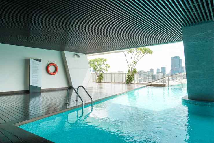 SWIMMING_POOL Modern with Private Lift 2BR at Menteng Park Apartment By Travelio