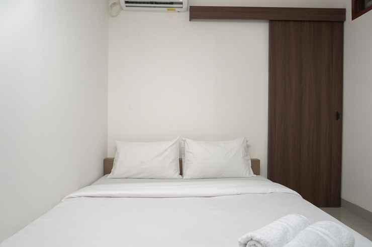 BEDROOM Scenic Studio Guest House at Meruya 8 Puri Kembangan By Travelio