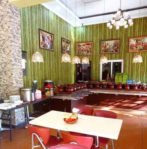 RESTAURANT Hotel Kencana Rembang
