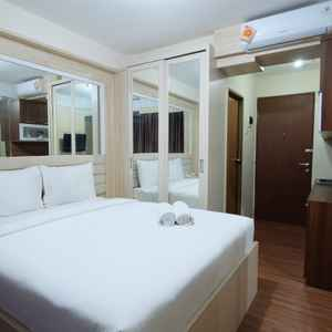Strategic Simply Studio Tifolia Apartment near Kelapa Gading By Travelio