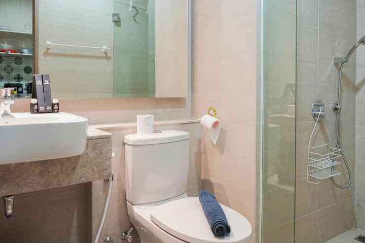 BATHROOM Comfy Living with Best View Studio Gold Coast Apartment By Travelio