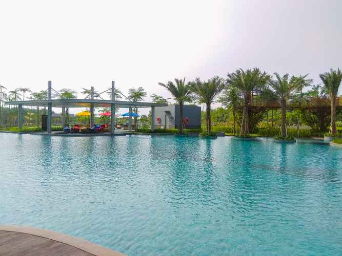 SWIMMING_POOL 1BR with Sea View at Gold Coast Apartment near PIK By Travelio