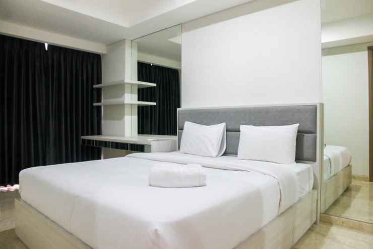 BEDROOM 1BR with Sea View at Gold Coast Apartment near PIK By Travelio