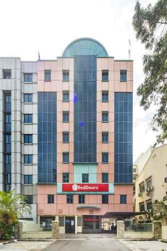 EXTERIOR_BUILDING RedDoorz Hotel @ Aljunied