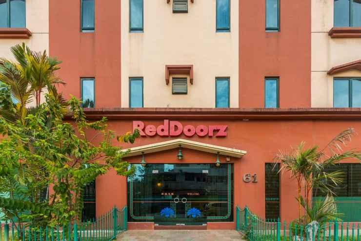 EXTERIOR_BUILDING RedDoorz Hotel @ Geylang
