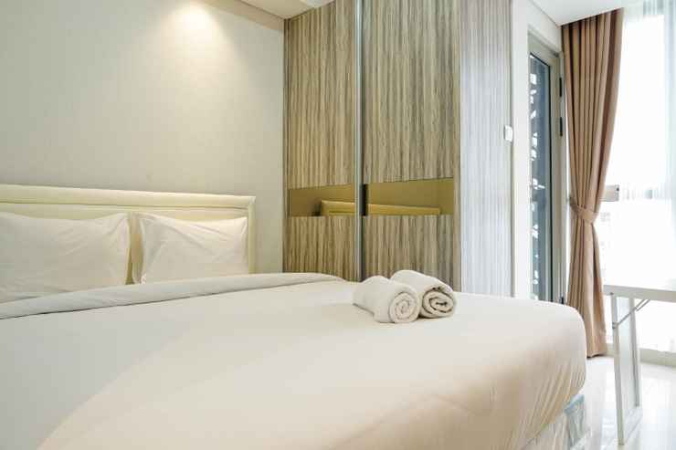 BEDROOM Exclusive and Strategic Location 1BR Gold Coast Apartment near PIK By Travelio