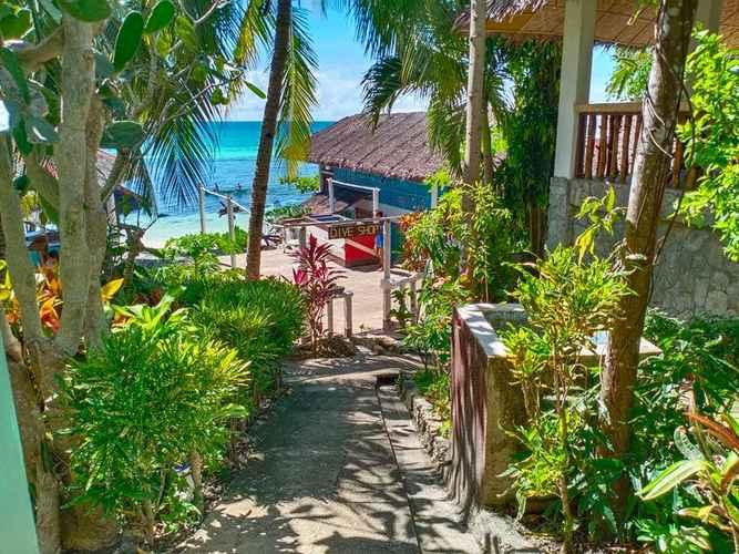 EXTERIOR_BUILDING RedDoorz Premium @ Flower Beach Anda