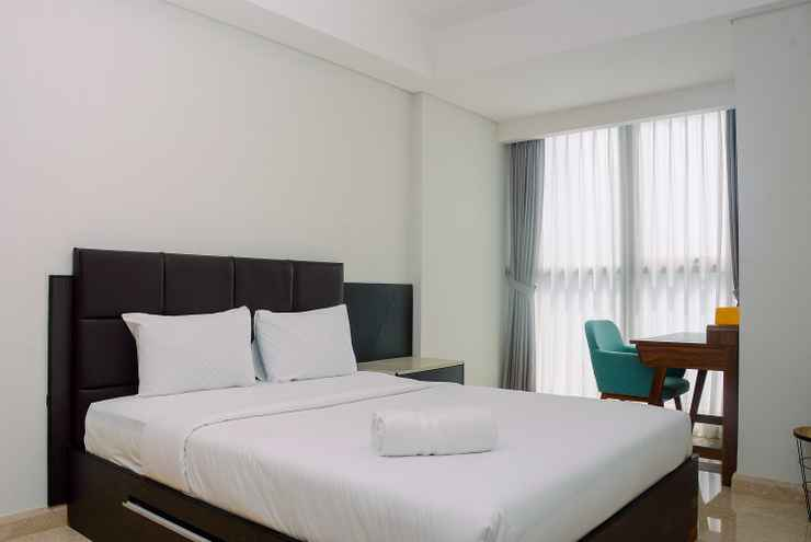 BEDROOM Amazing View 1BR at Gold Coast Apartment By Travelio