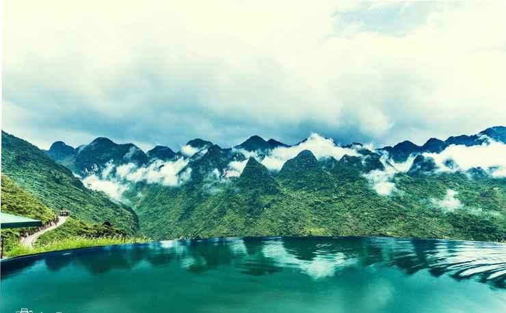 SWIMMING_POOL Hmong Village Resort