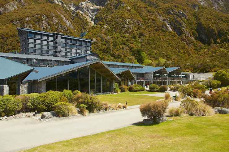 Featured Image The Hermitage Hotel Mount Cook