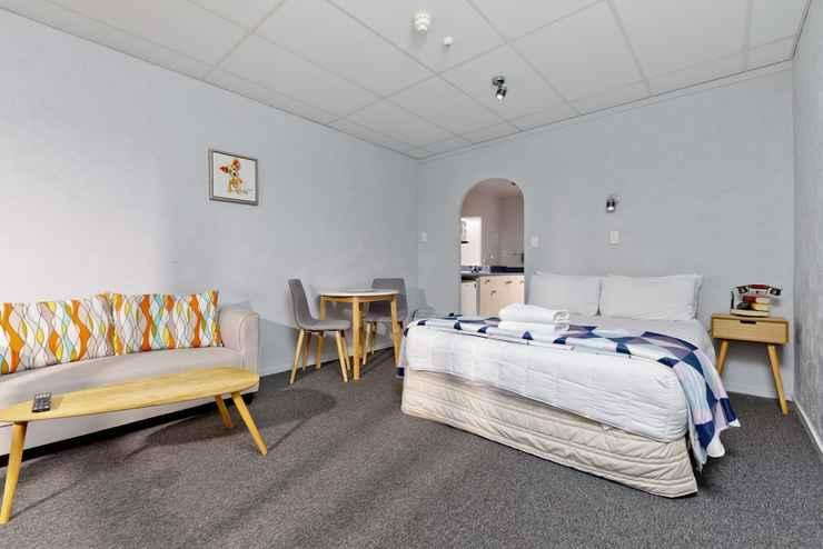 Featured Image Oakwood Manor Motor Lodge