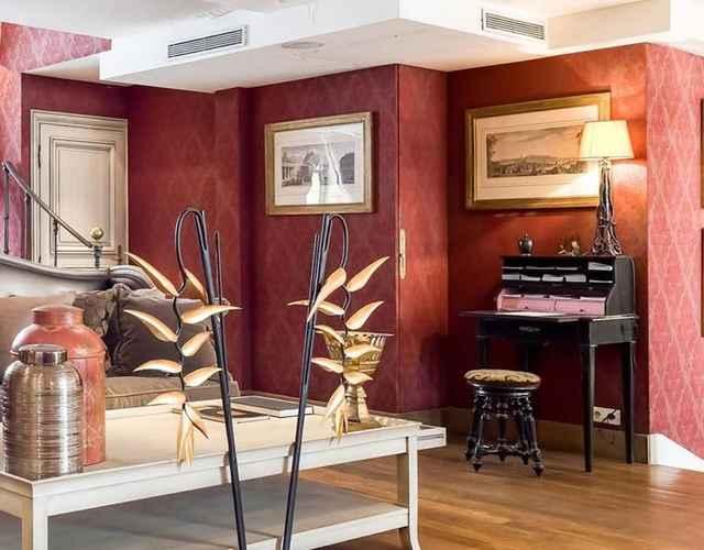 Featured Image Hôtel du Romancier