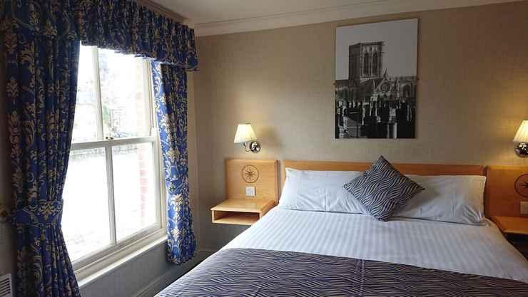 Featured Image Queens Hotel