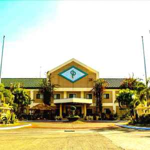 LUISITA CENTRAL PARK HOTEL