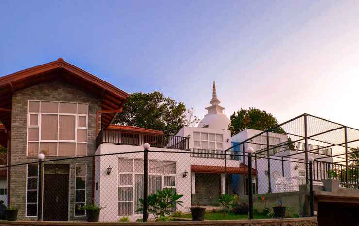 Featured Image Villa Baywatch Rumassala
