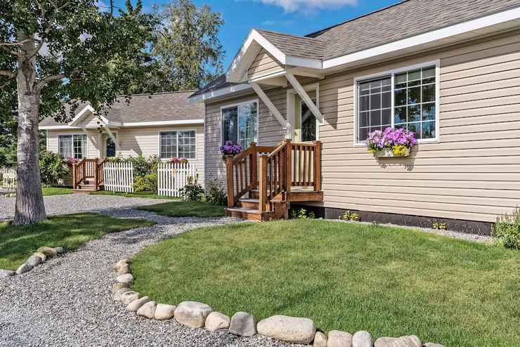 Featured Image Alaska Garden Gate B&B and Cottages