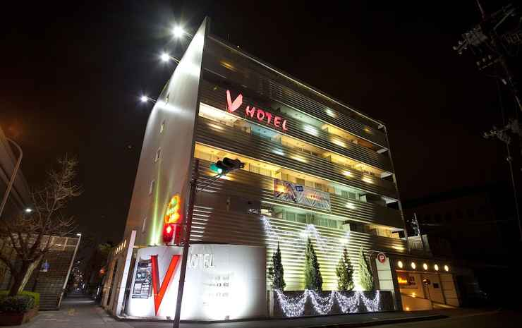 V HOTEL -ADULTS ONLY