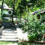 Featured Image Flower Power Village