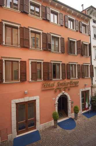 Featured Image Hotel Antico Borgo