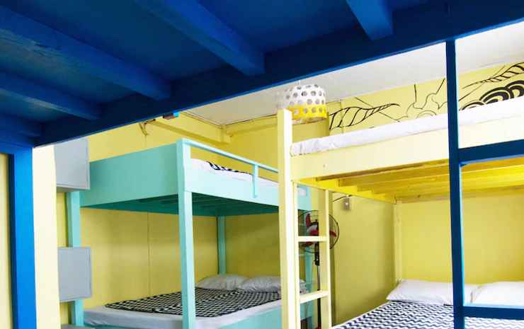 GO SURFARI HOUSE