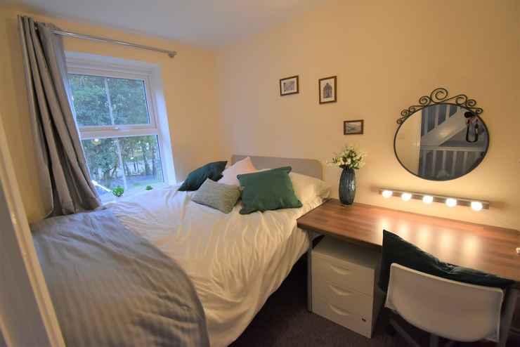 Featured Image Warwick Home Downey Birch